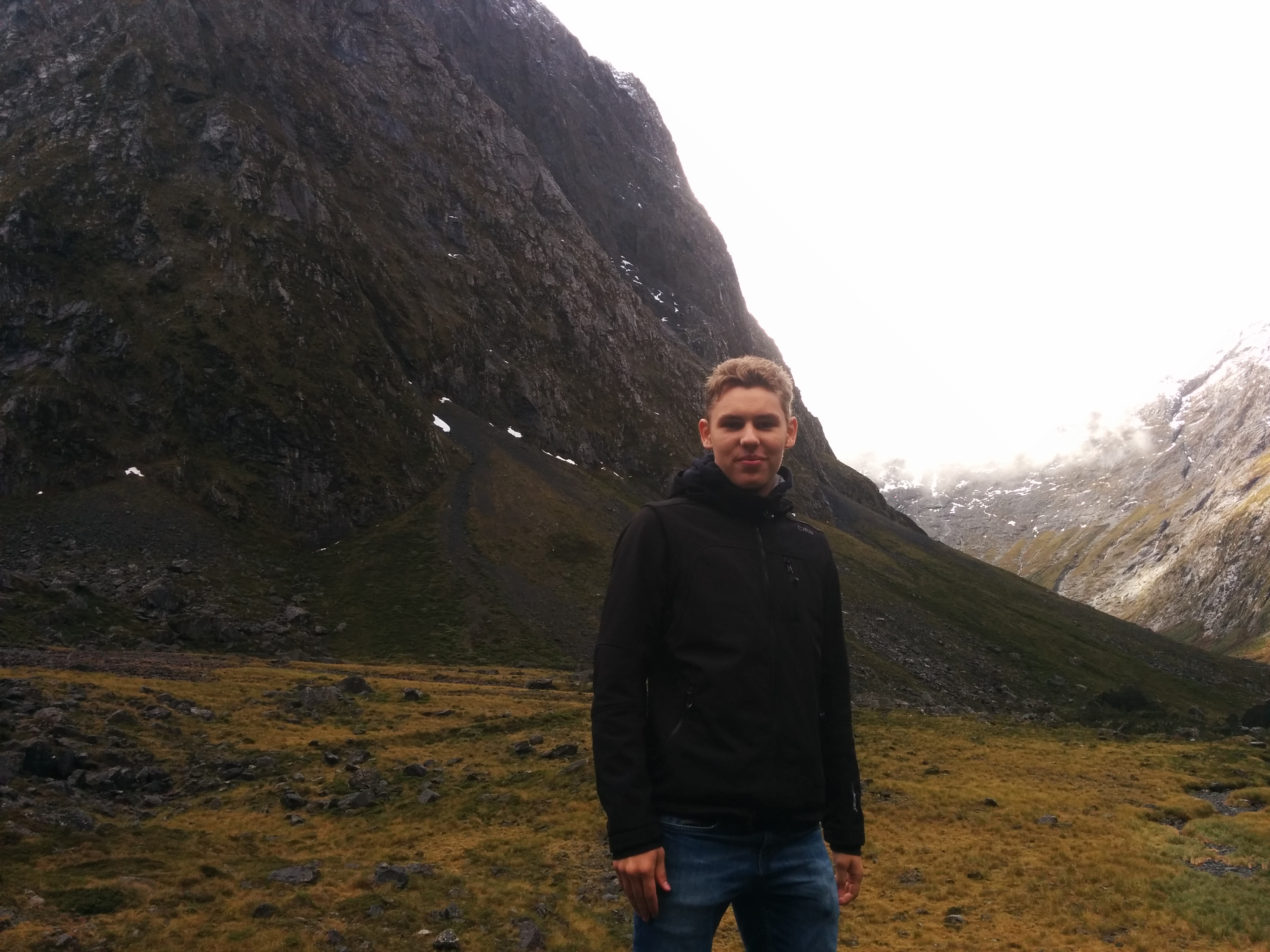International Student Tours - August Lind Neider